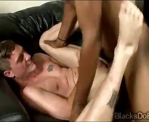 Black thug smashes the little booty hole of a horny white queey-rean-d-vine-01-5