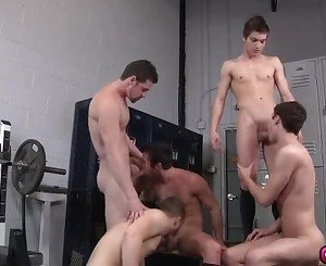 Amazing gay orgy with five cock craving gays in locker room