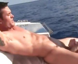 EXTREMEM HARDCORE BOAT FUCKING/ENDS WITH CUM IN MOUTH SO FUCKING HOT